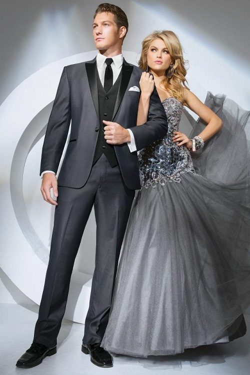 NYBG-Raleigh-NC-wedding-tuxedo-grey-tony-bowls-portofino